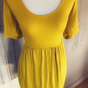 NWOT 3X Forever 21+  Citron | Yellow Peplum Top